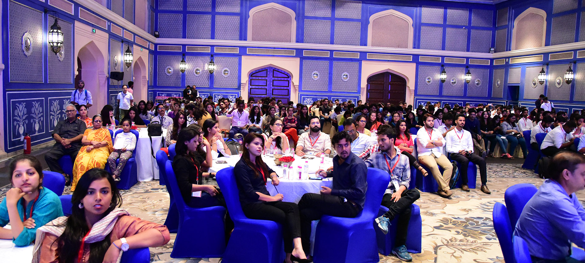 ball-audience-2